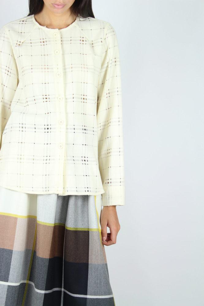 camicia con giochi di volumi in lana 5 dep