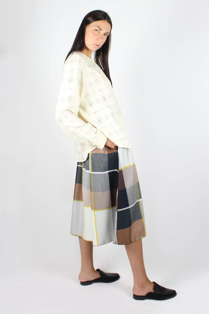 camicia con giochi di volumi in lana bianca 1 dep