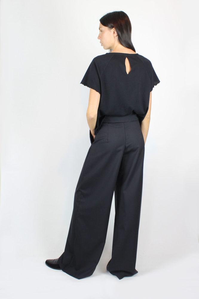 pantalone ampio a vita alta con pince 10