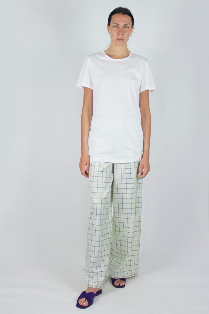 t-shirt base bianca a giro e pantalone palazzo 2 copia